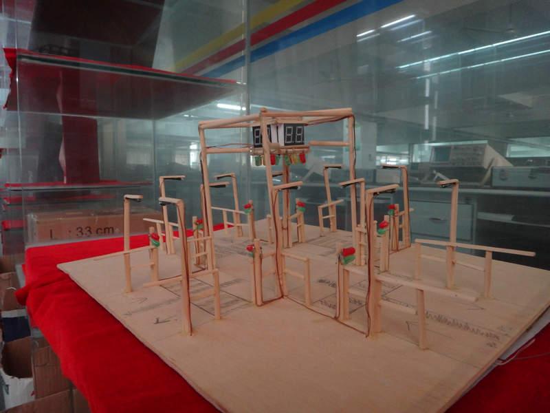 学生创意电子小制作展示之交通灯